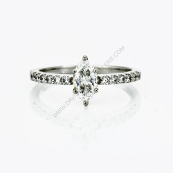 Marquise Diamond Engagment Ring