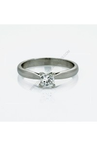 E SI2 Princess Cut Diamond Solitaire Ring